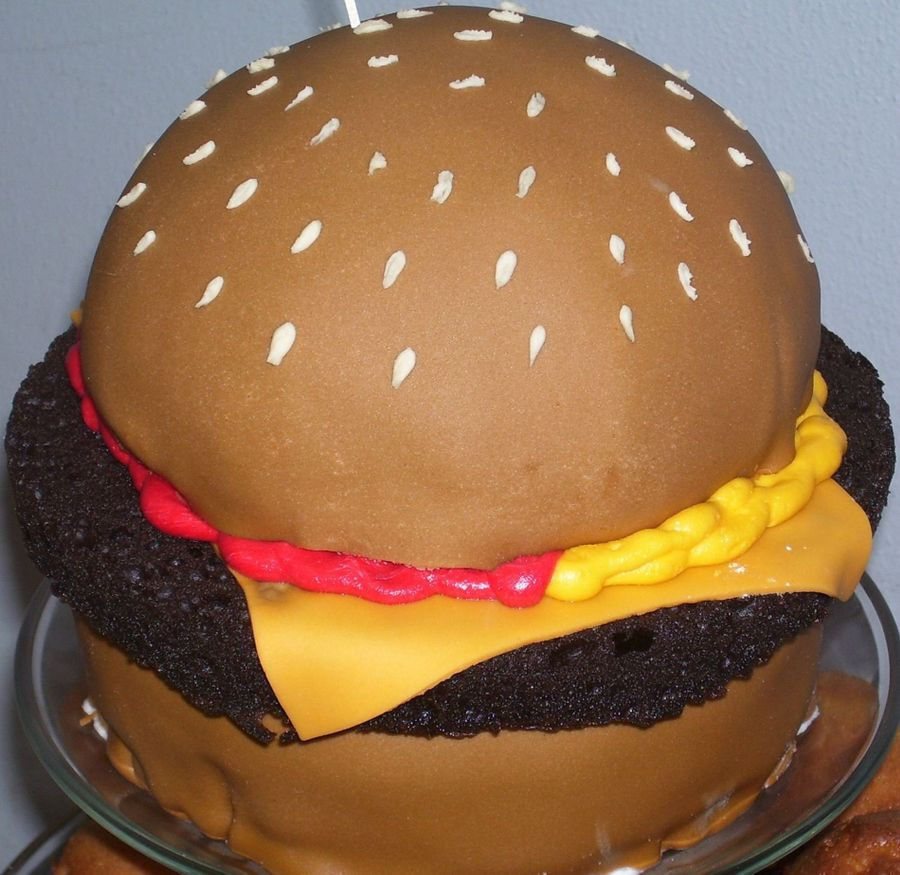 Cheeseburger In Paradise on Cake Central