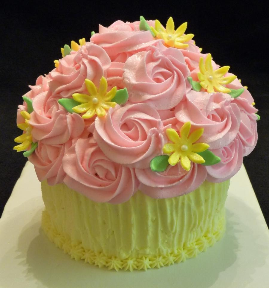 Giant Cupcake - CakeCentral.com