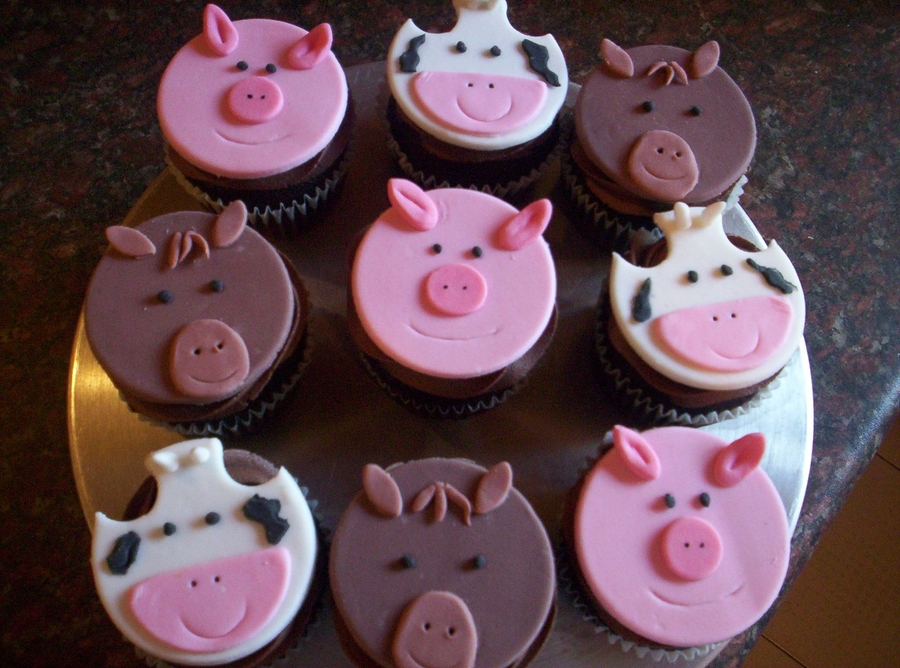 Farm Animal Cupcakes on Cake Central
