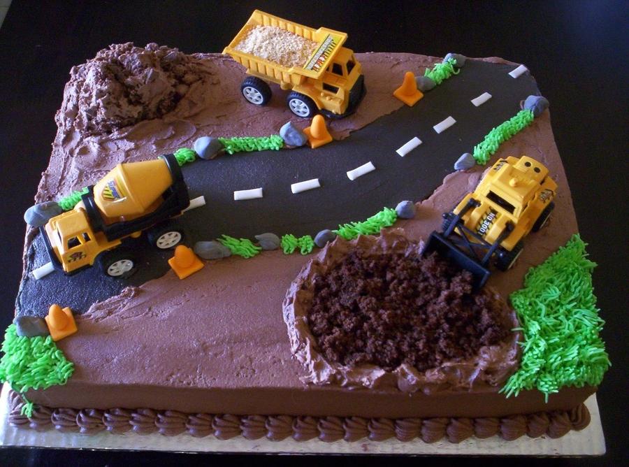 900_321743Yc5R_construction-cake.jpg