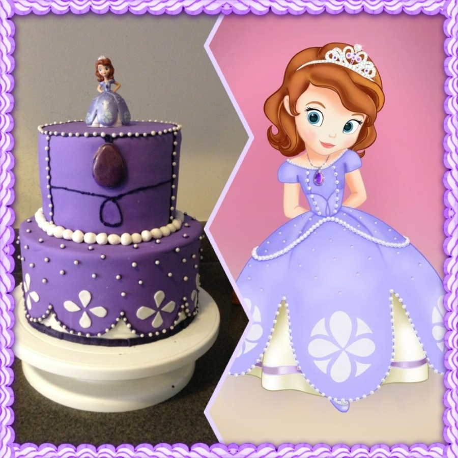 Sofia The First Birthday Cake For My Daughters 3Rd Birthday I Was Trying To Copy Her Dress Im Not Happy With The Top Tier The Piping Is on Cake Central