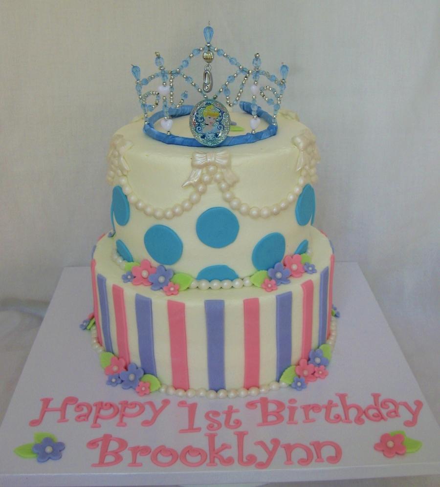 Cinderella 1St Birthday Cake CakeCentralcom
