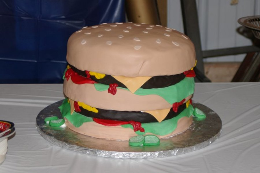 Graduation Cheeseburger on Cake Central