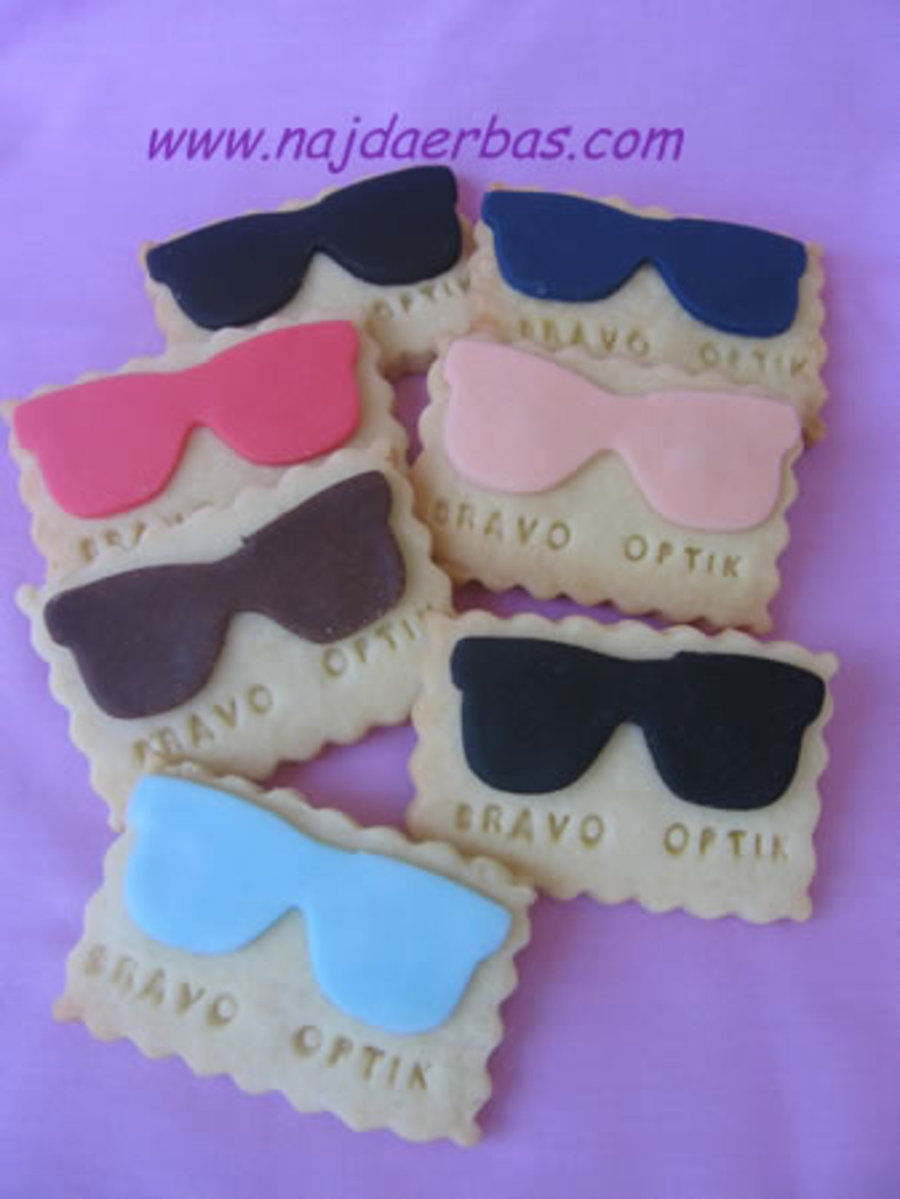 Eye Glasses Cookies  on Cake Central
