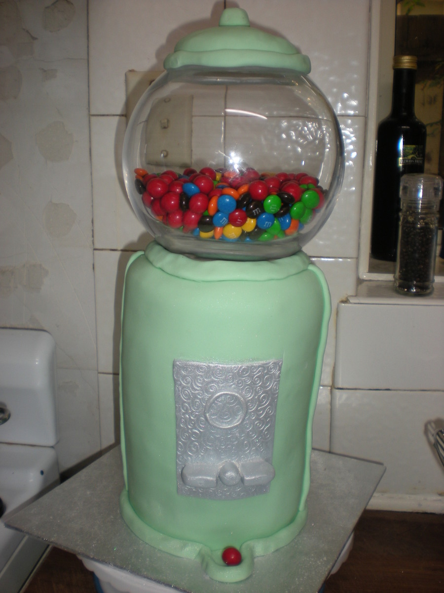 Melissa's Gumball Machine on Cake Central