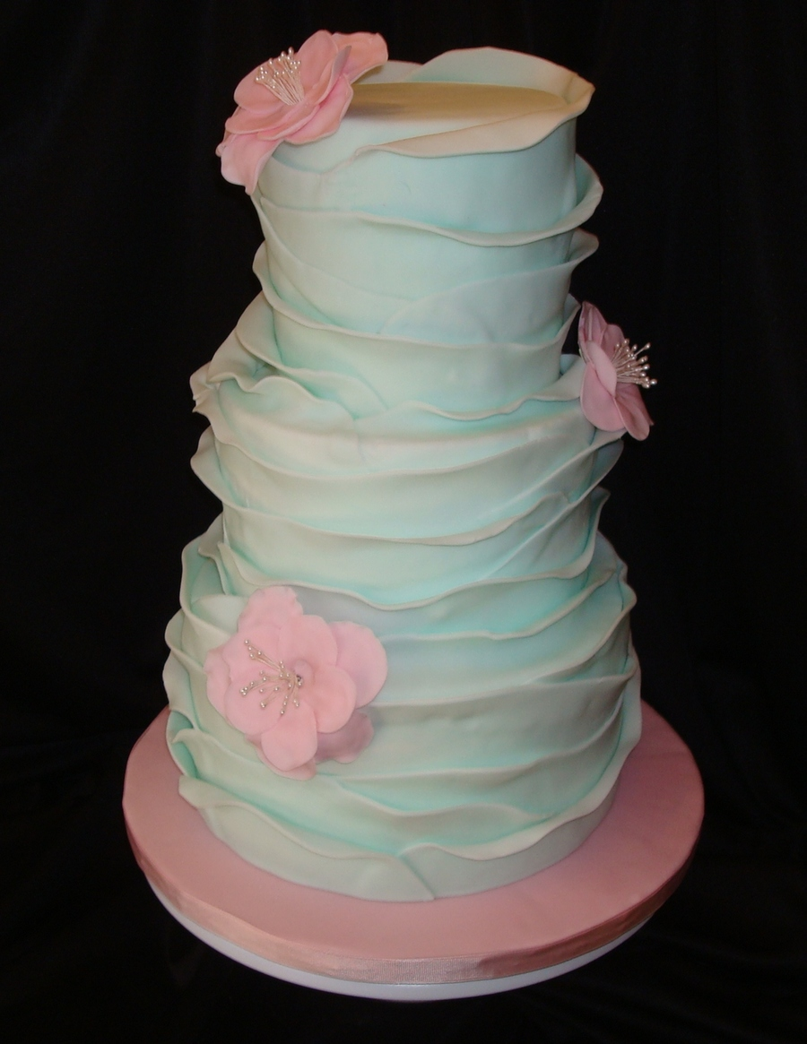 Blue Ruffles on Cake Central