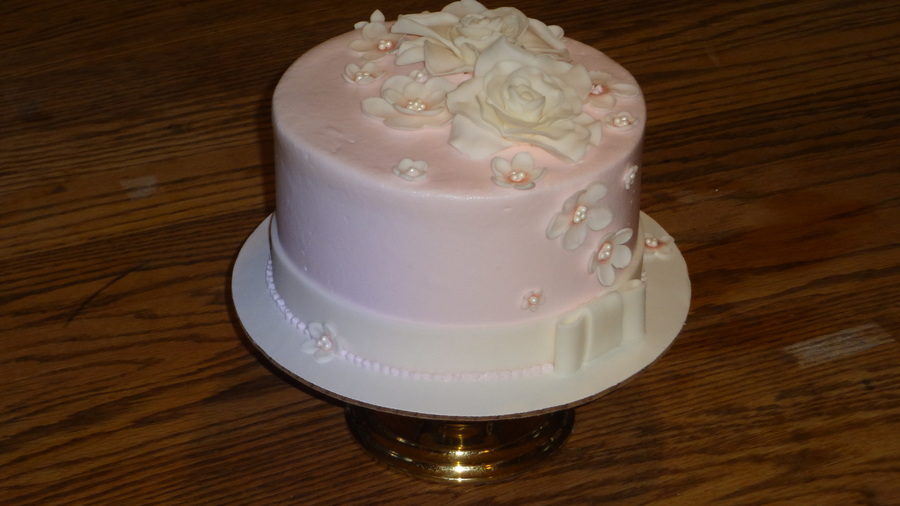 Pink and white flower cake cakecentral mightylinksfo