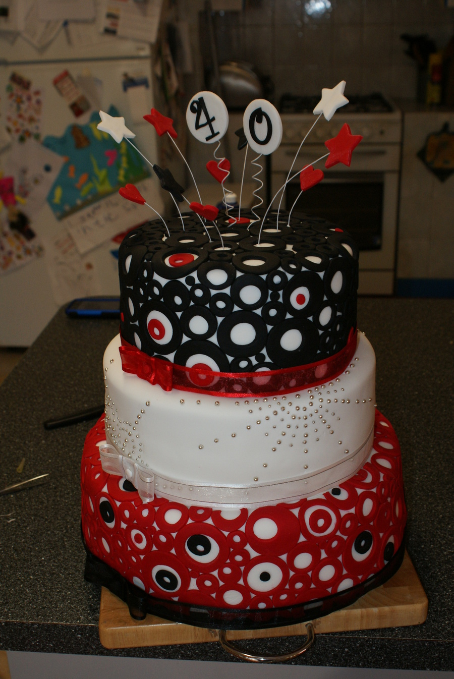 Black white and red 40th birthday cake for 40th birthday cake decoration