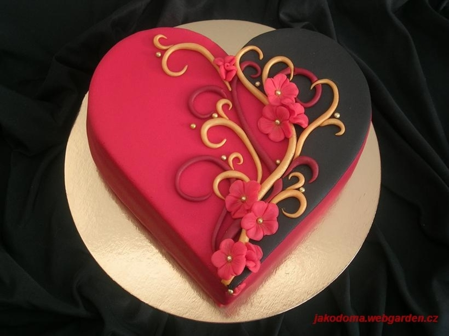 Red And Black Heart on Cake Central