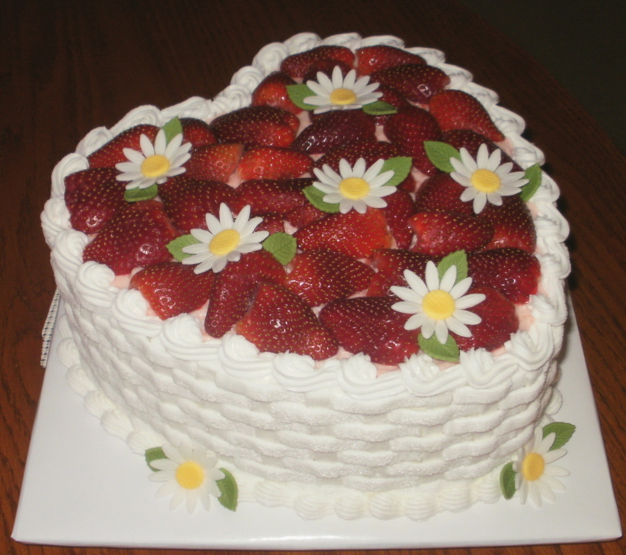 Strawberry Love on Cake Central