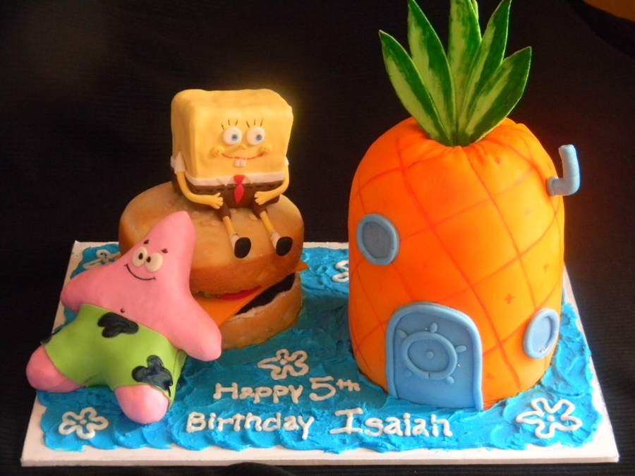 Pineapple Under The Sea on Cake Central