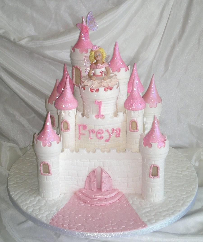 Suzis Cake World