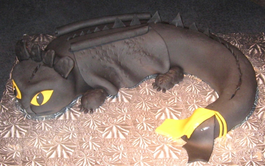 Toothless Birthday Cake on Cake Central