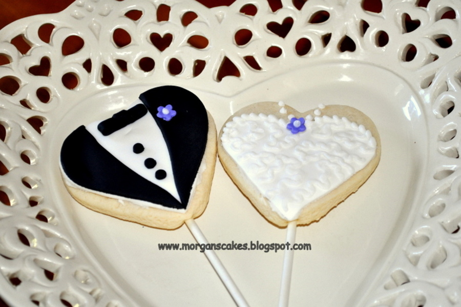 Bride And Groom Cake Pops Recipe