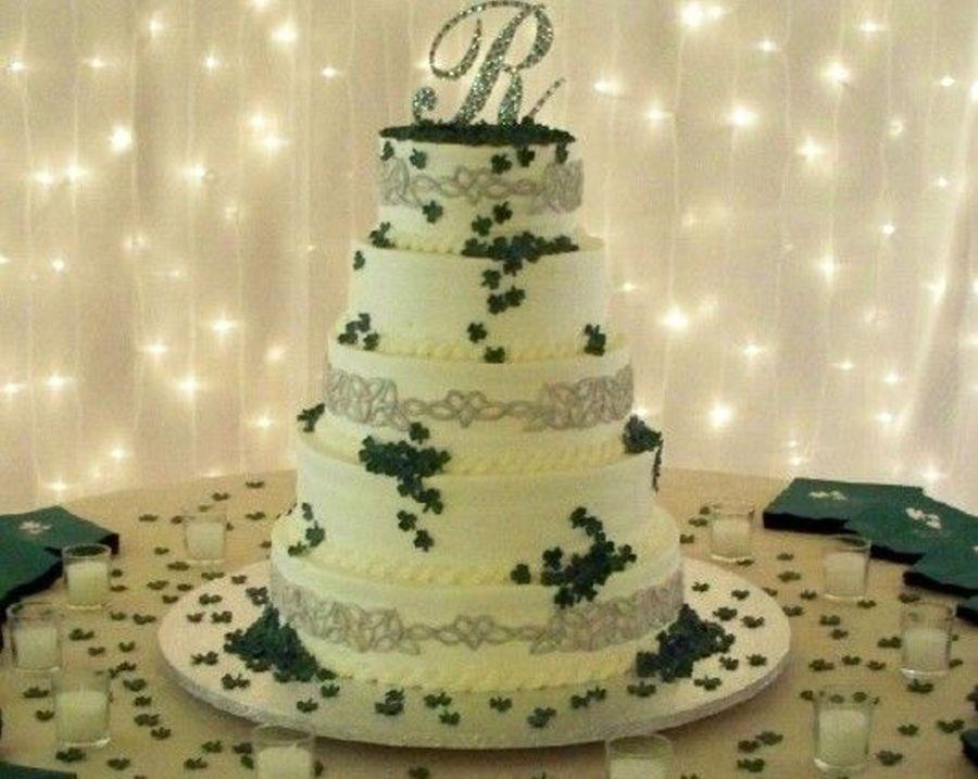 Celtic Knots & Shamrocks - CakeCentral.com