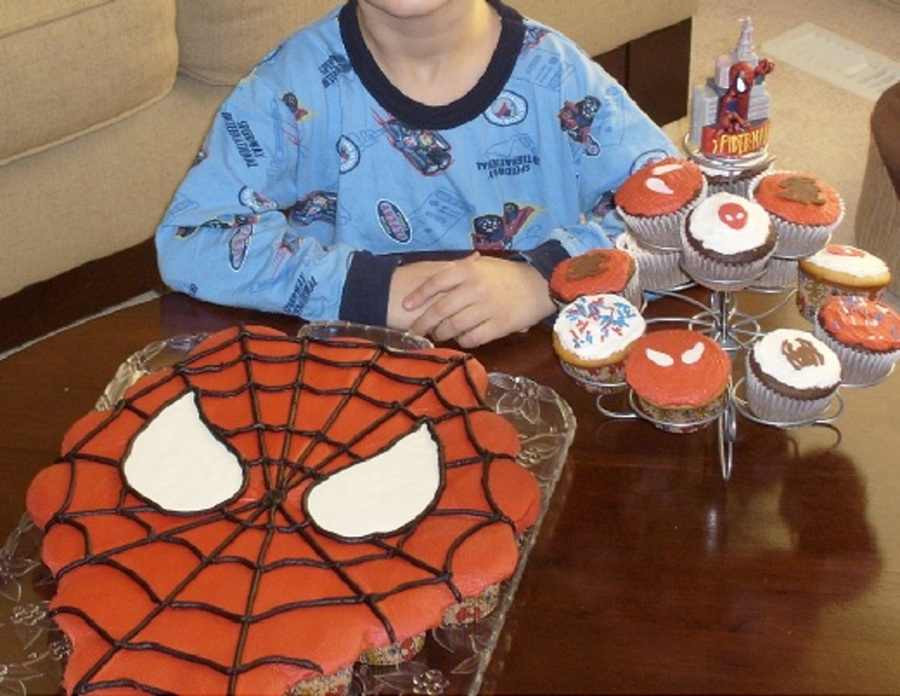 Spiderman Cupcake Cake And Cupcakes on Cake Central