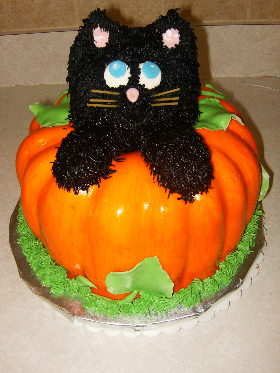 Black Cat Popping Out Of A Pumpkin Cakecentral Com