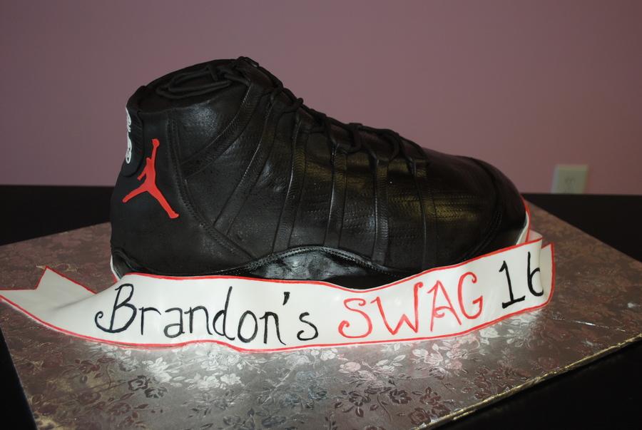 Swag 16 Shoe Cake