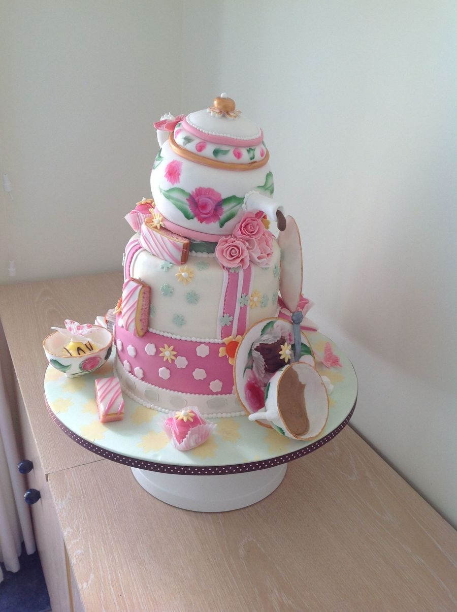 Vintage Birthday Cake on Cake Central