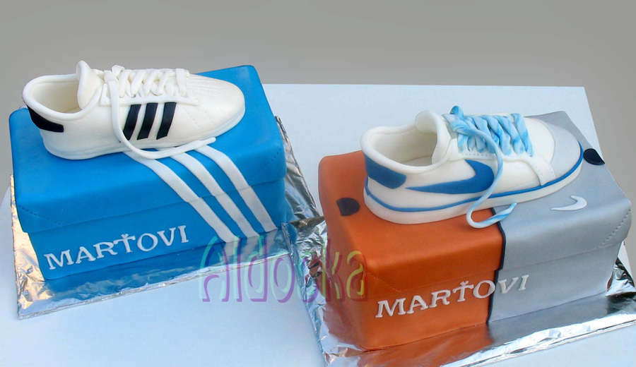 Sport Shoes on Cake Central