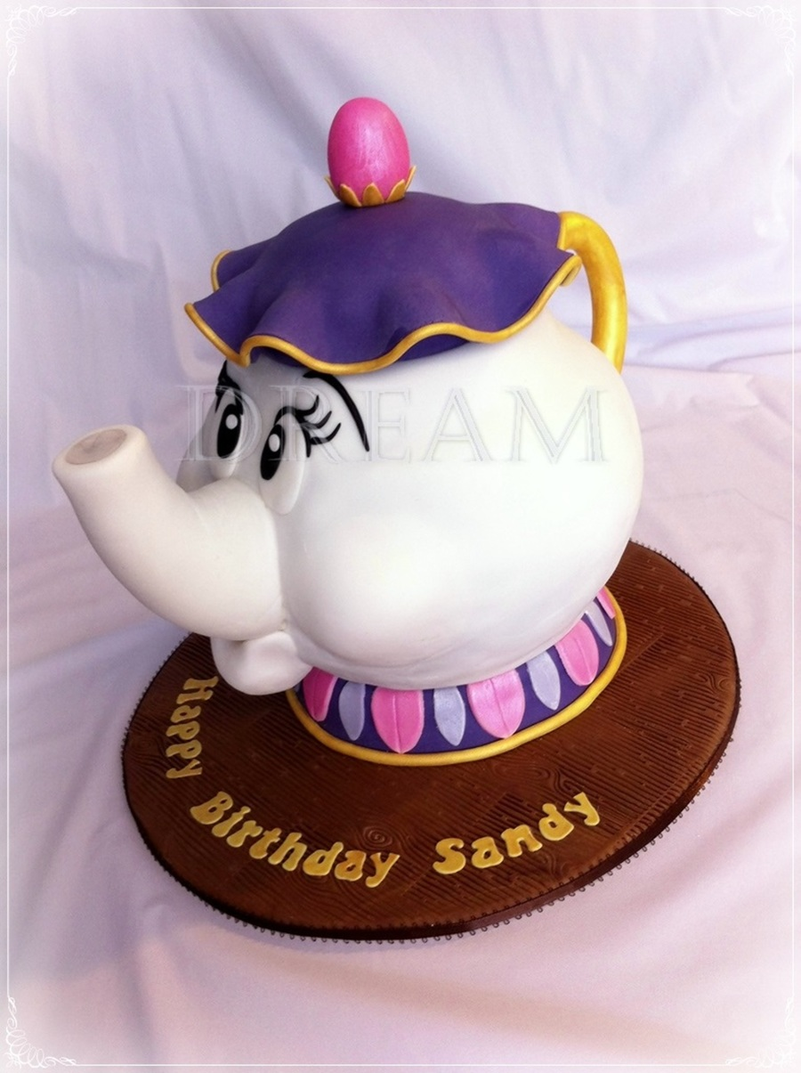Mrs Potts Chocolate Cake Wcookies And Cream Buttercream on Cake Central
