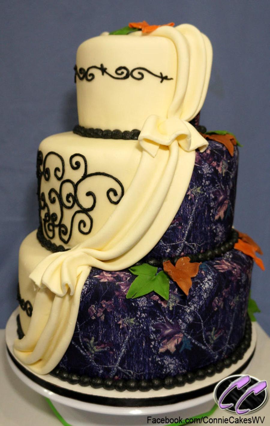 Mossy Oak Wedding Cake - CakeCentral.com