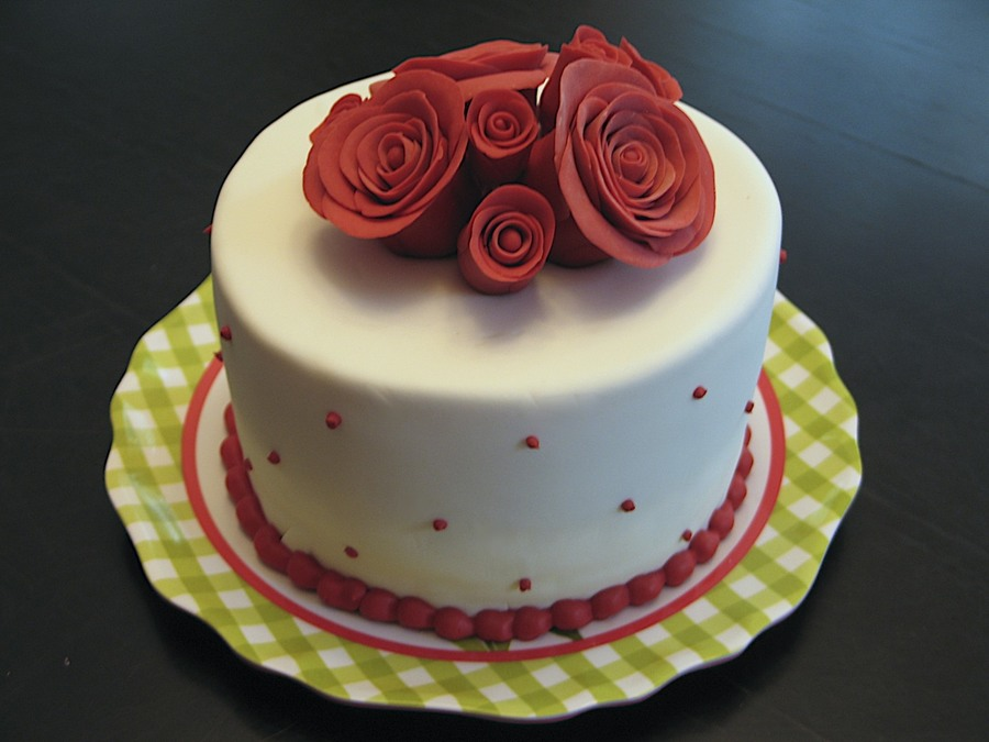White/red Rose Cake on Cake Central