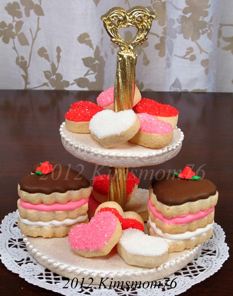 2 Tiered Edible Cookie Plate on Cake Central