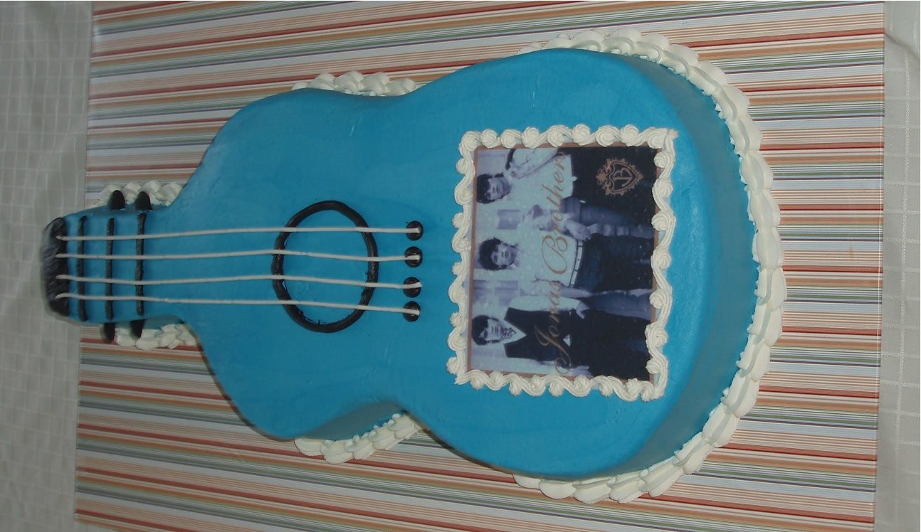 Jonas Brothers Guitar Cake on Cake Central