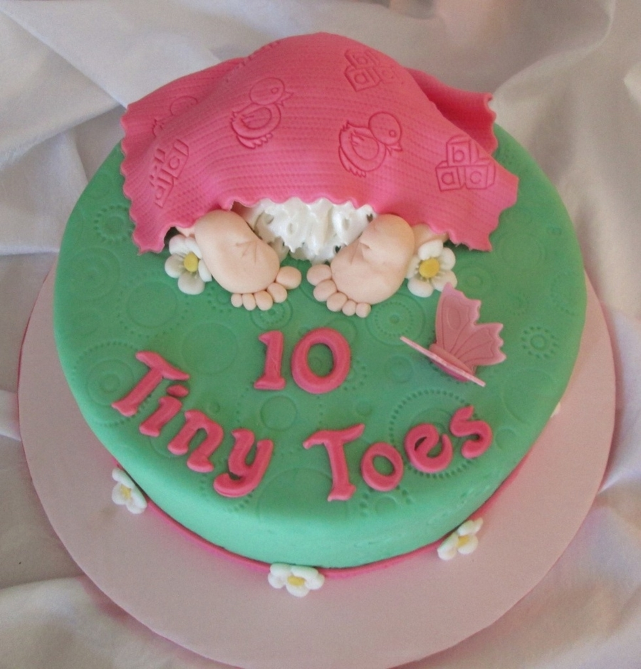 10 Tiny Toes  on Cake Central