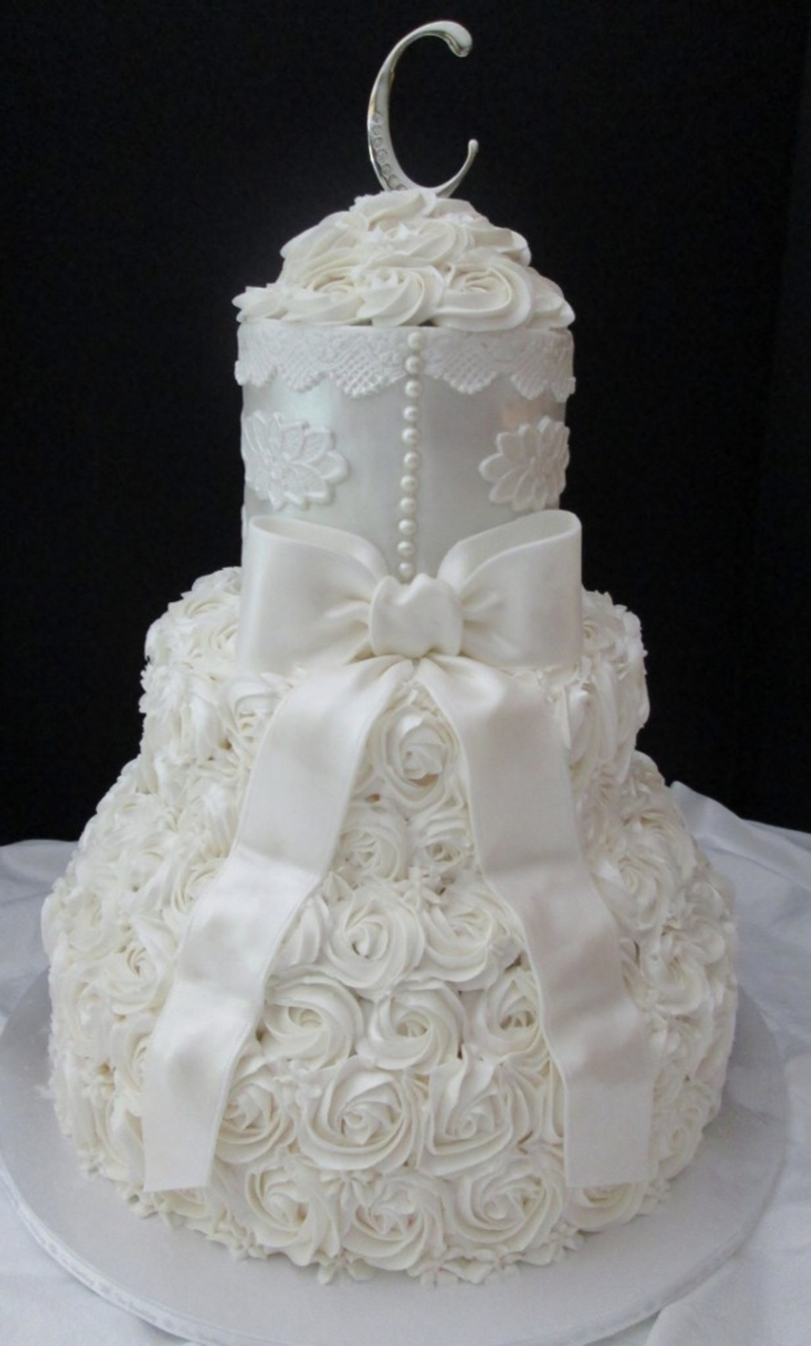 Ivory Applique And Rose Swirls  on Cake Central