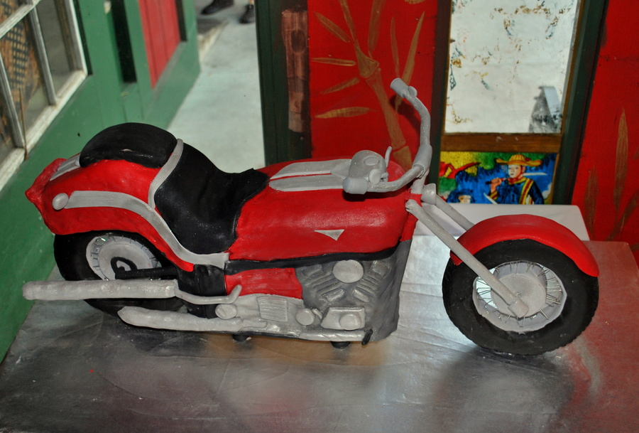 Red Motorcycle on Cake Central
