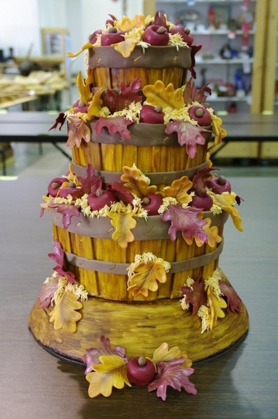 Apple Basket Harvest Cake - CakeCentral.com