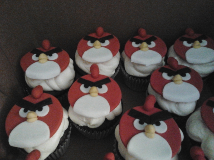 Red Angry Bird Cupcakes on Cake Central