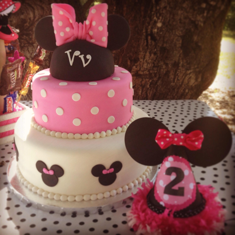 Black And White W/ Purple Wedding Cake - CakeCentral.com