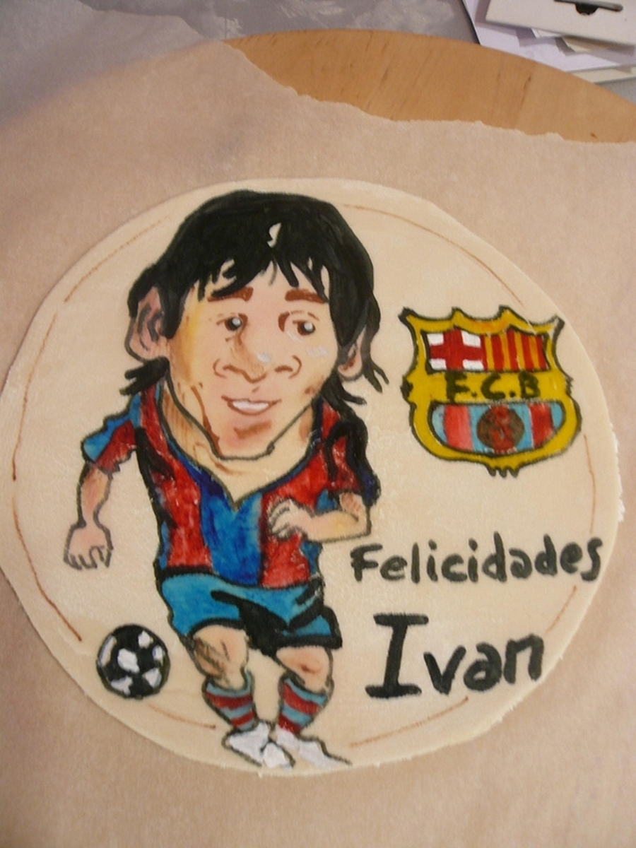 Topper Painted Messi on Cake Central