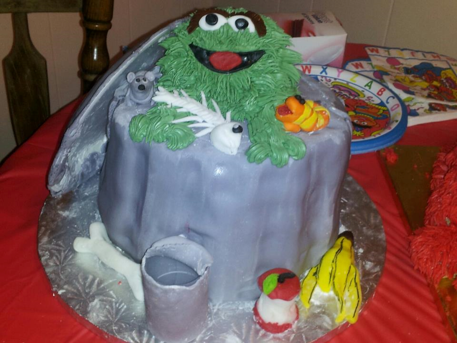 Oscar The Grouch From Sesame St on Cake Central