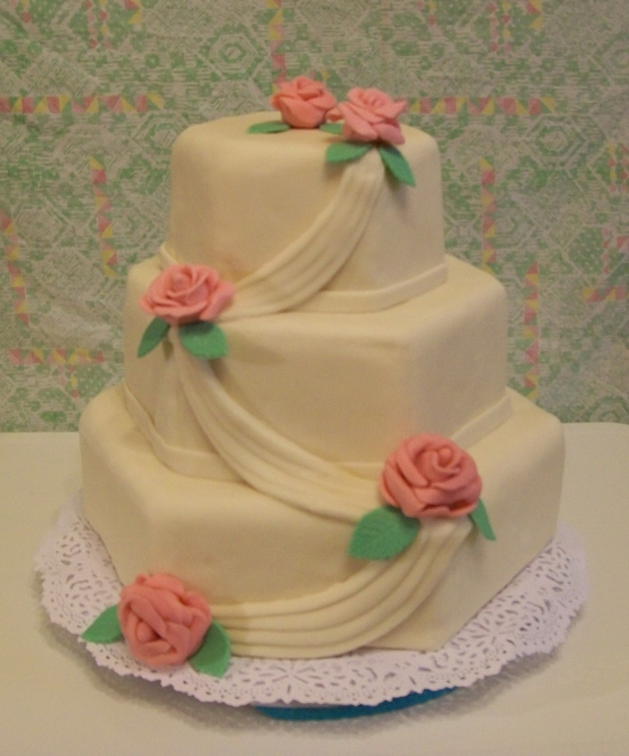 Roses And Swags on Cake Central