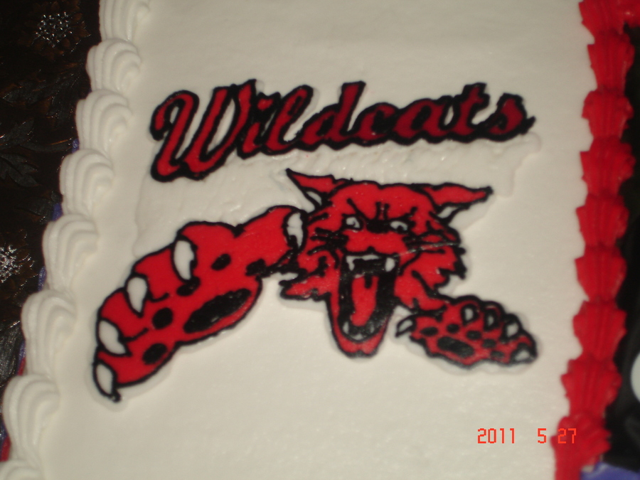 Wildcats Logo on Cake Central