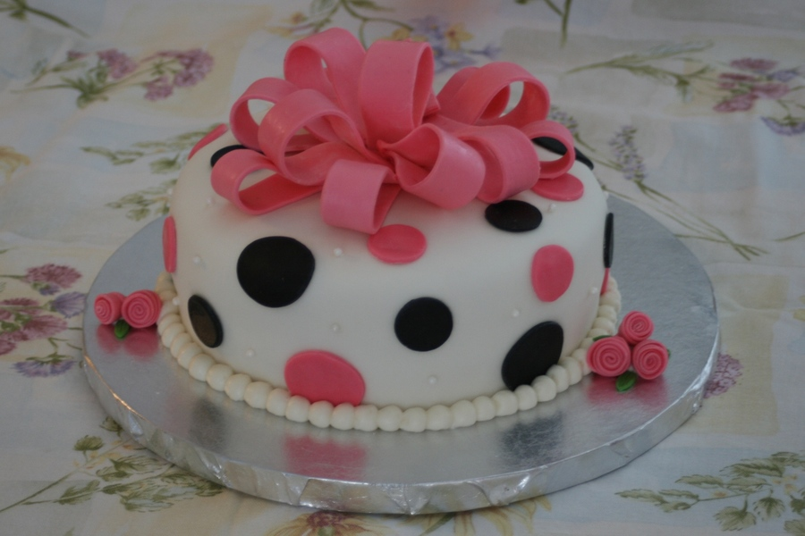 Polka Dot Cake on Cake Central