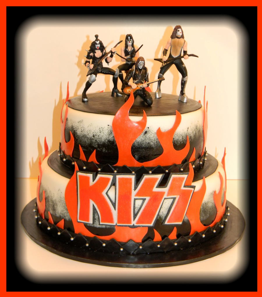 Kiss Birthday Cake Images
