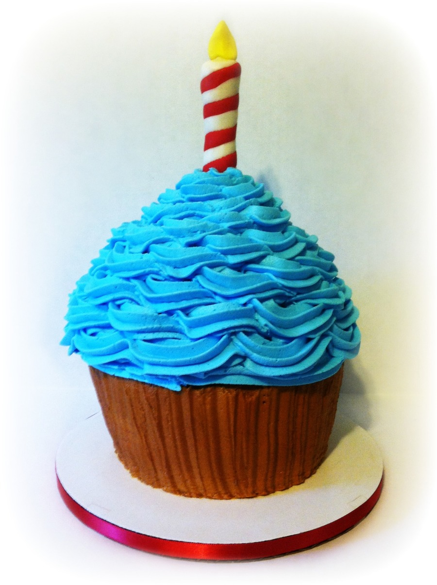 Giant Cupcake on Cake Central