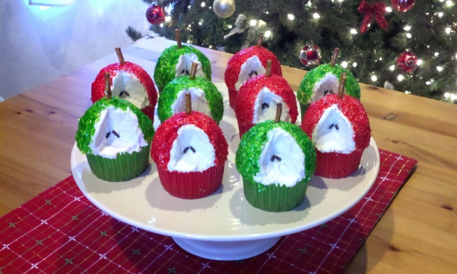 Christmas Apples  on Cake Central