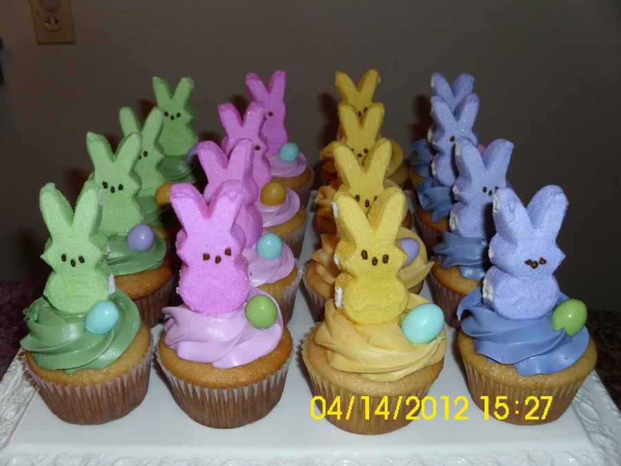 A Herd Of Bunnies on Cake Central