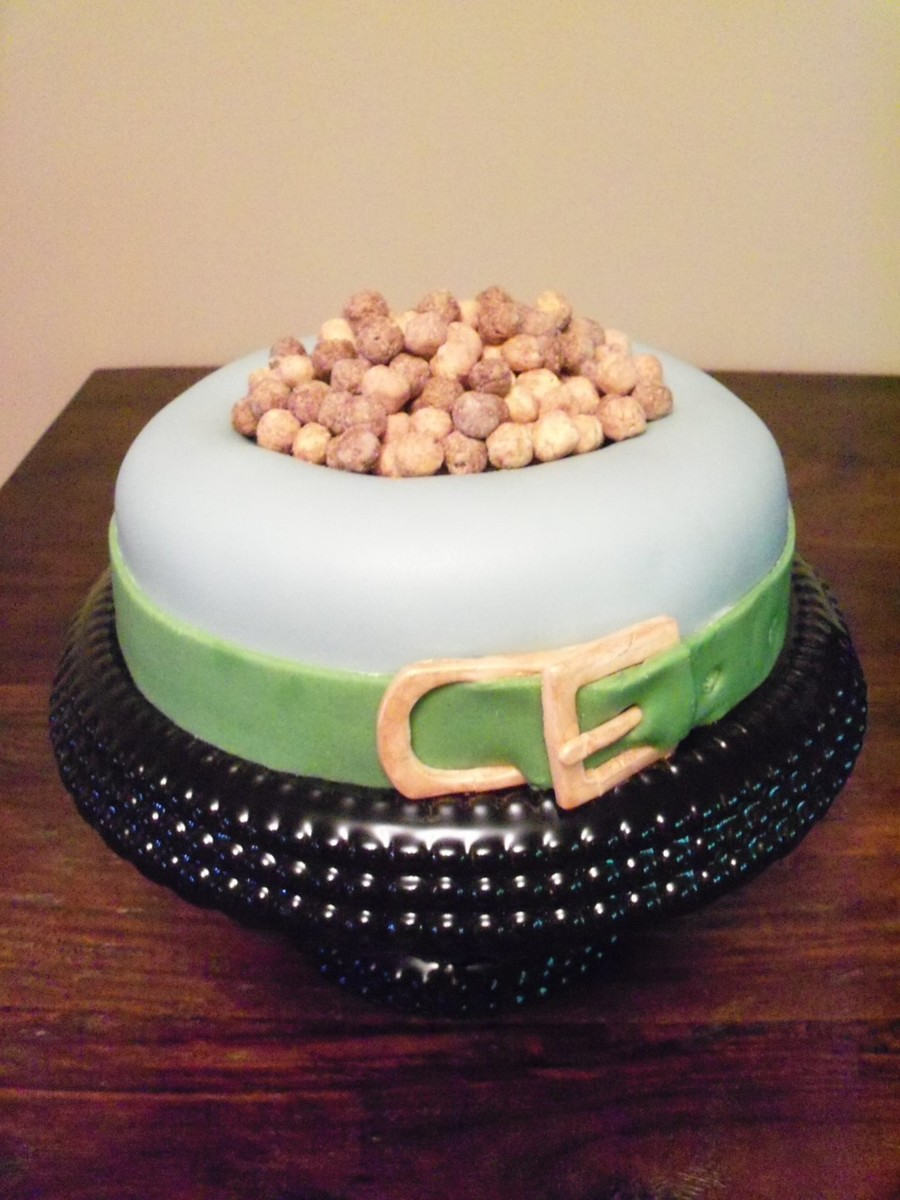 Dog Bowl Cake With Dog Collar Boarder on Cake Central