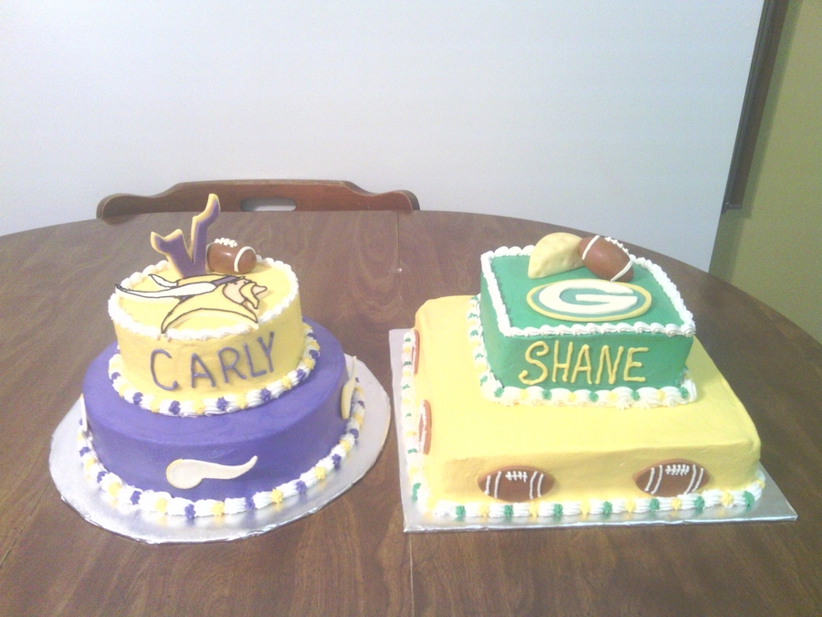 Vikings And Green Bay  on Cake Central