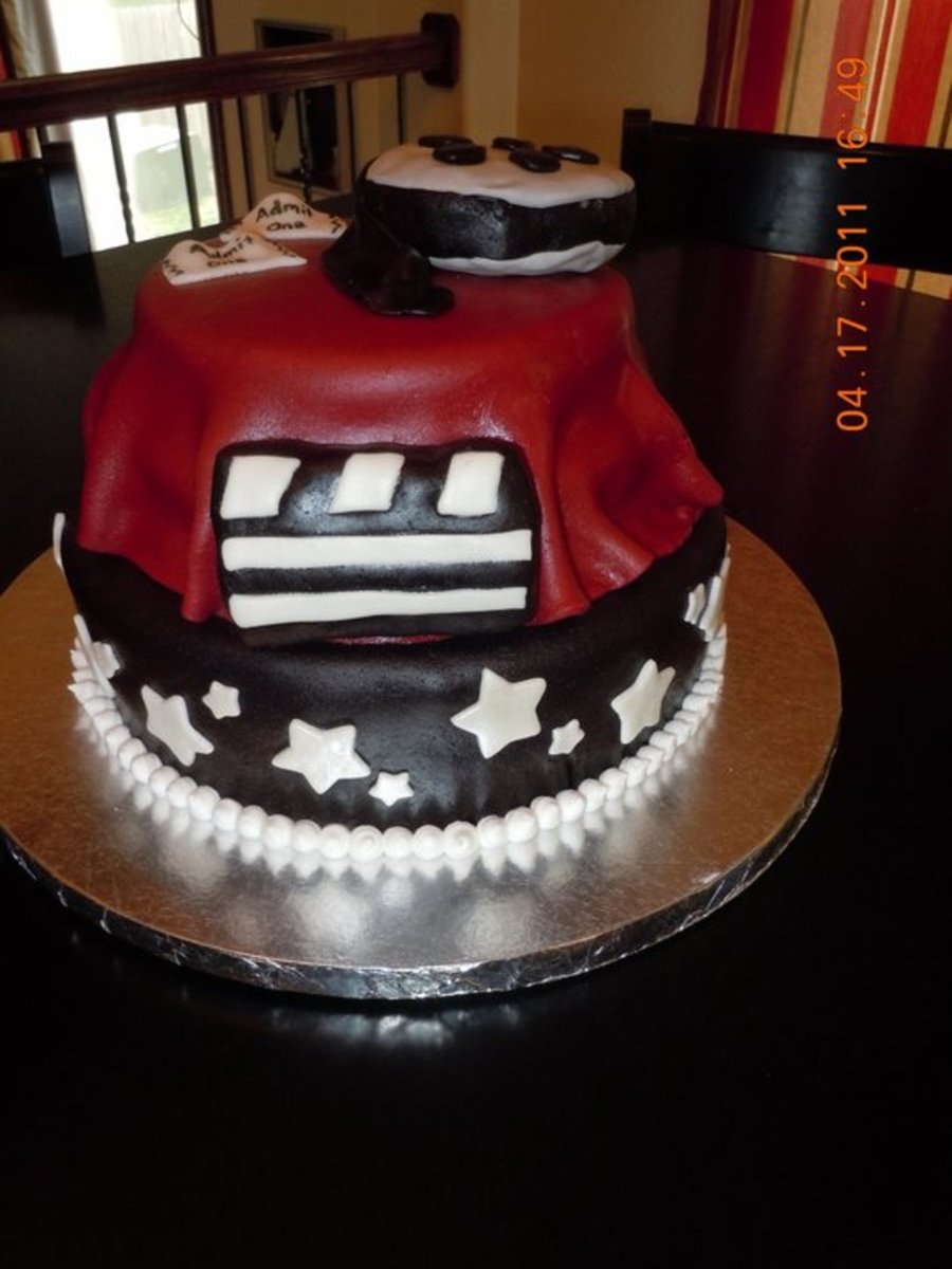 Red Carpet/movie Theme on Cake Central