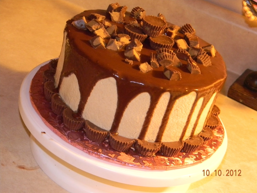 Reese's Peanut Butter Cake on Cake Central