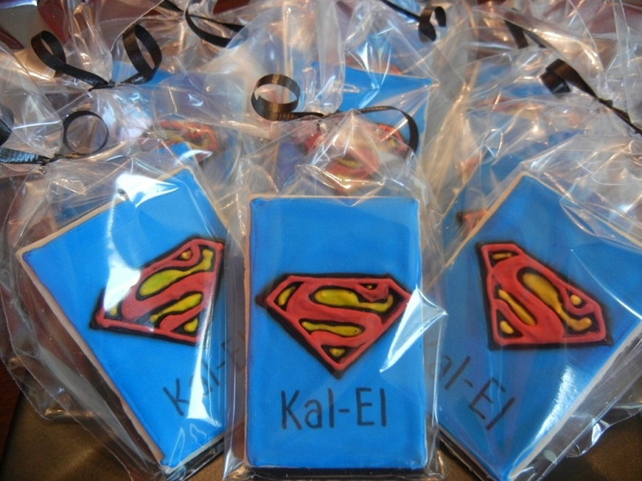 Superman Cookies on Cake Central