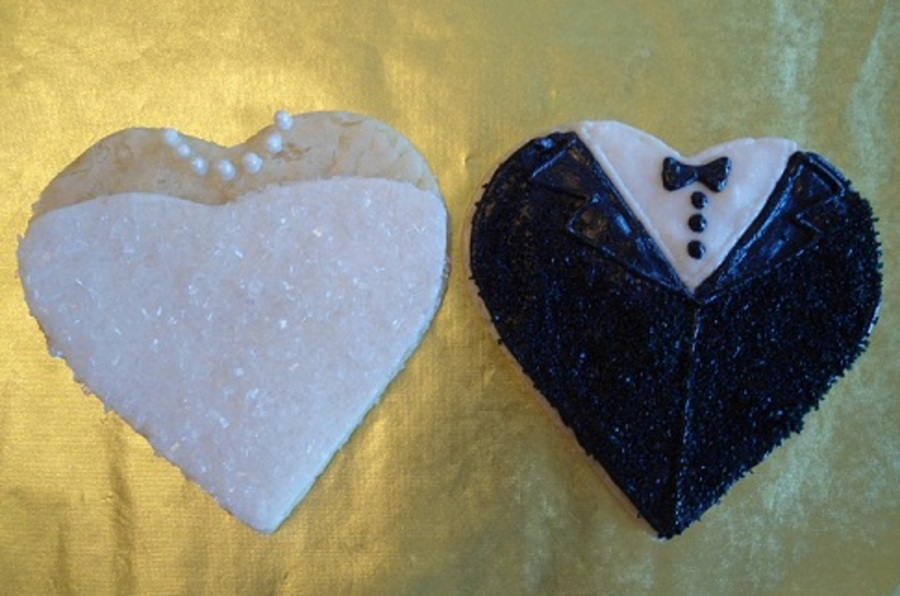 Heart Shaped Bride And Groom Cookies on Cake Central
